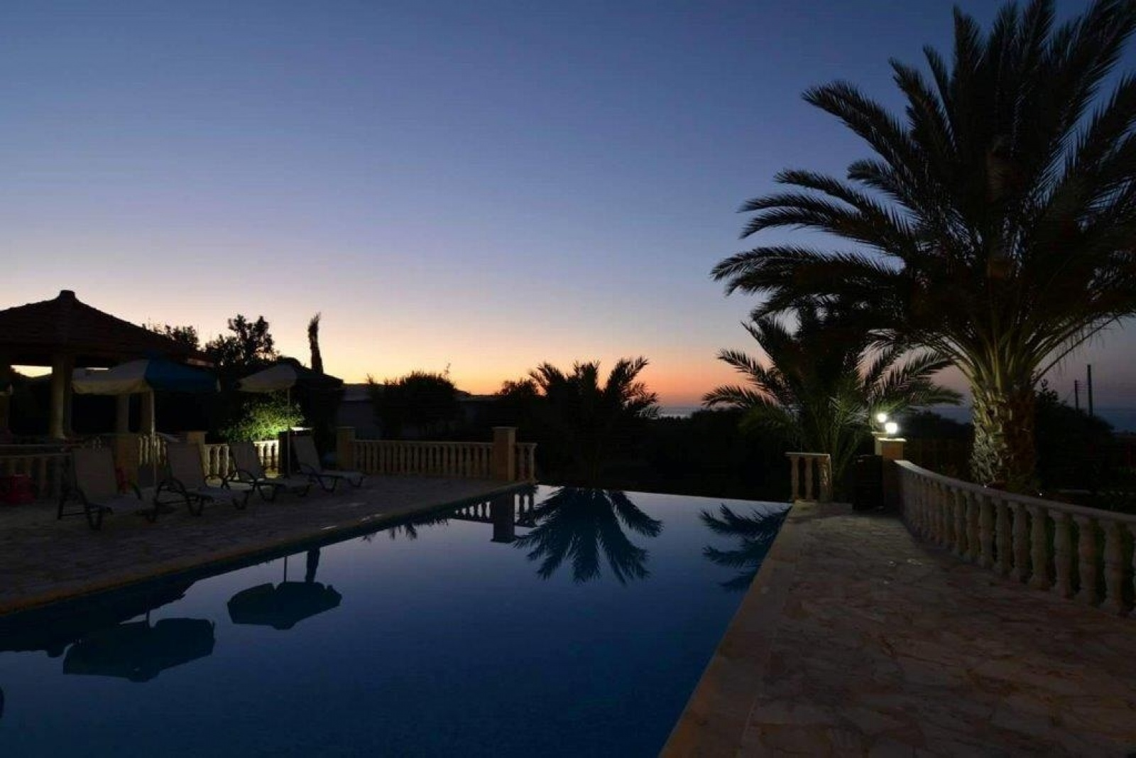Residential Villa - Twin Palms Luxury Villa