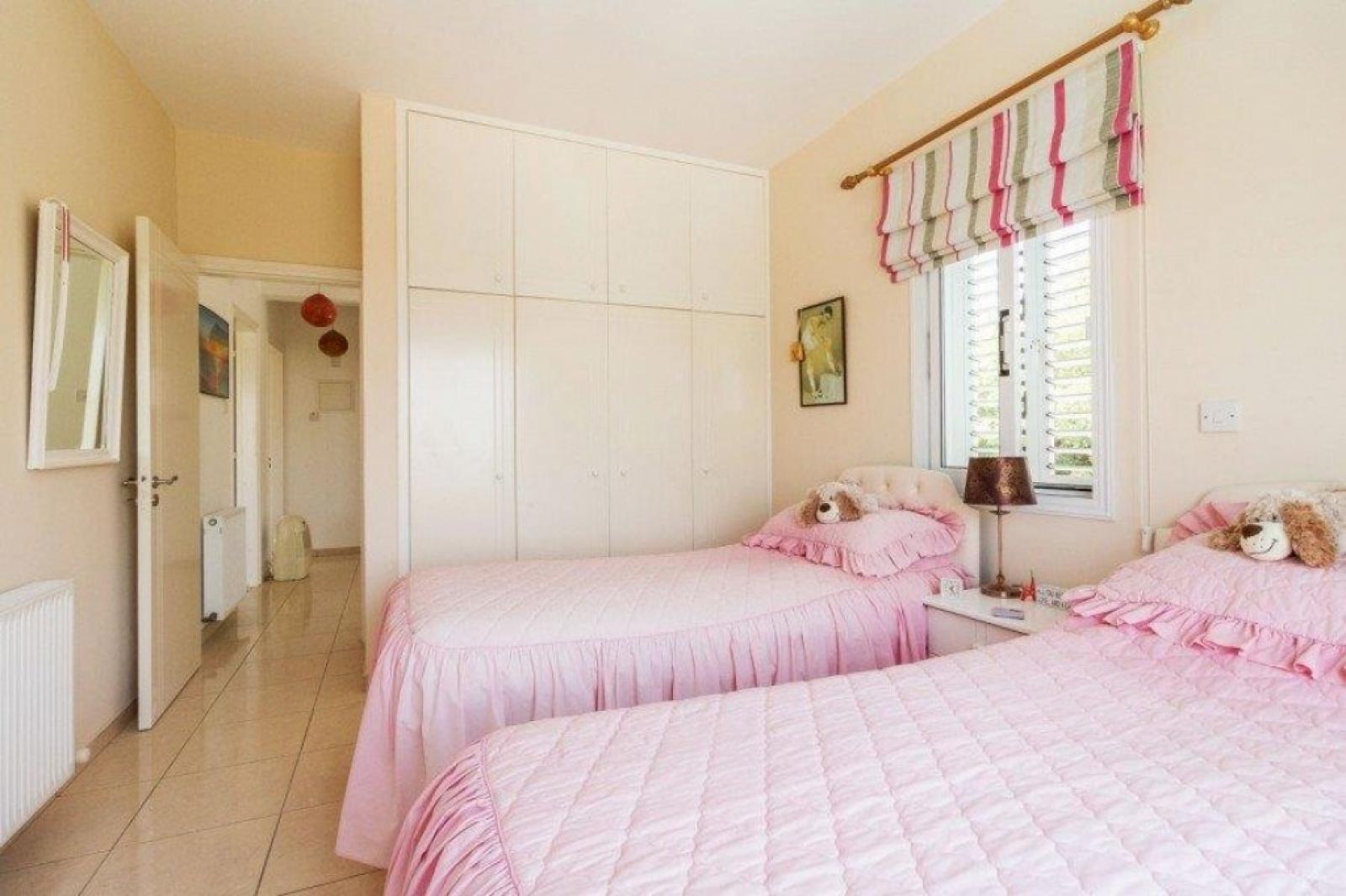 Residential Villa - Skoulli villa For Sale