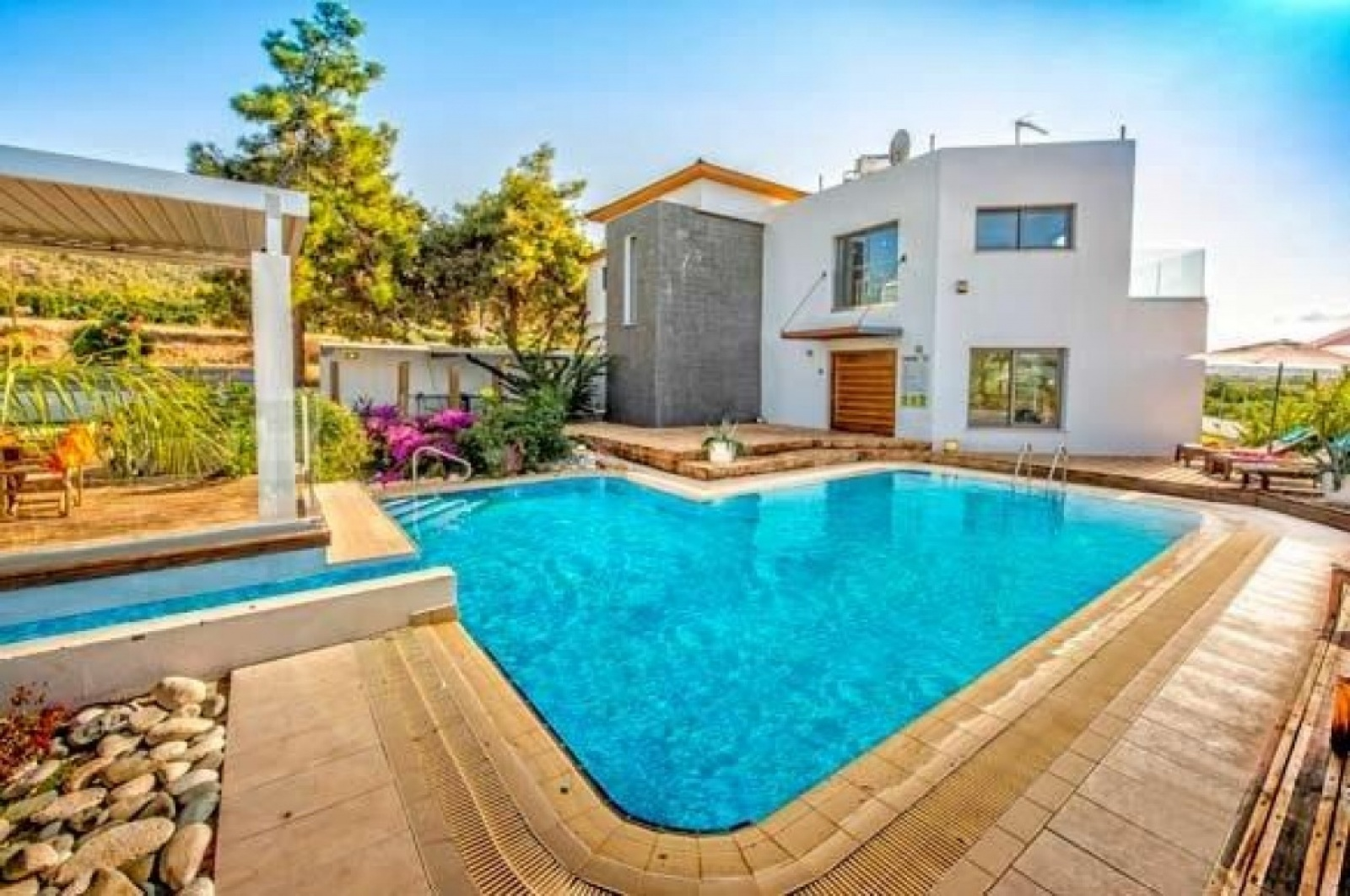Residential Villa - Argaka Luxury 3 bed Villa
