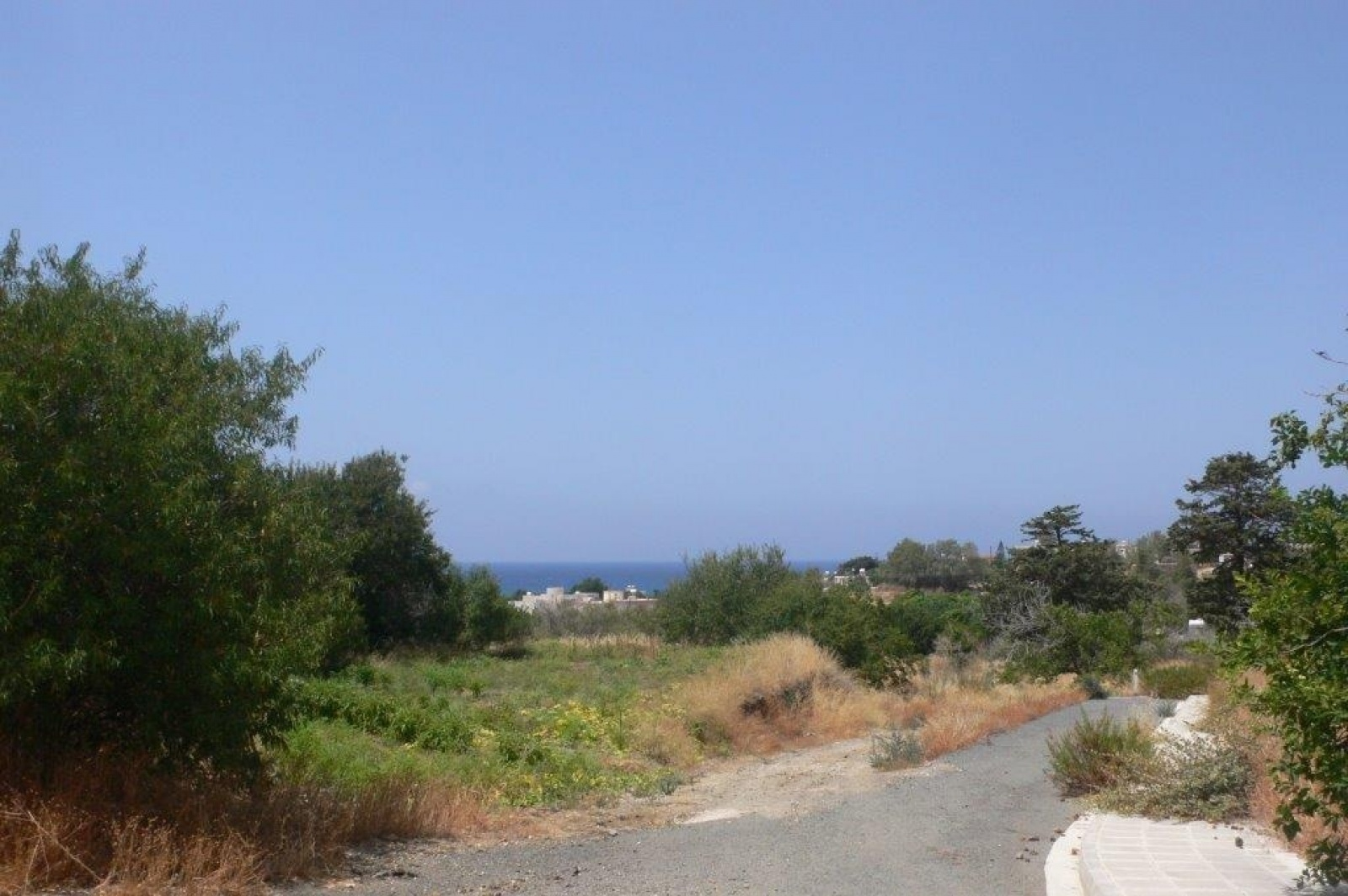 Commercial Land - Excellent Opportunity for Investment :  Residential plot in Pomos village